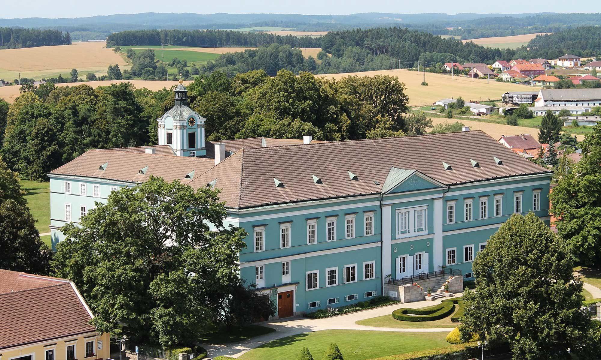 Zámek Dačice - Schloss Datschitz