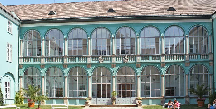 Hof des Schlosses Dacice