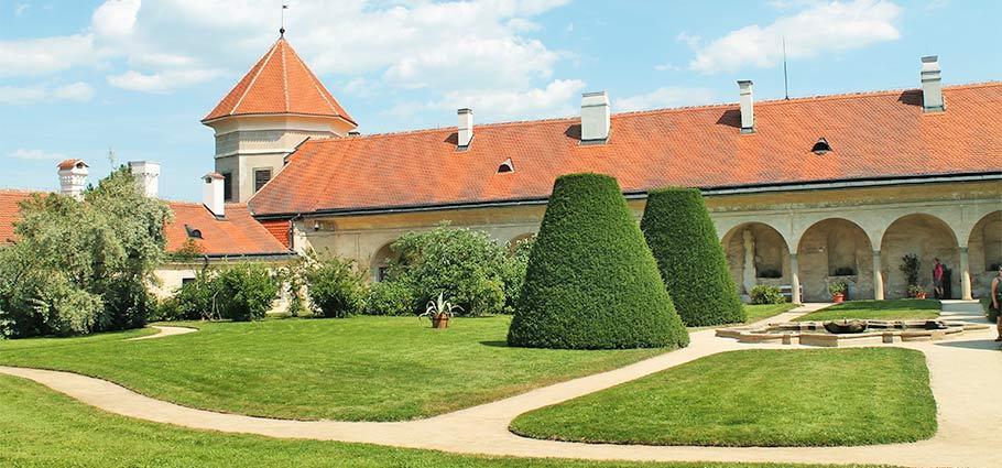 Schlossgarten Teltsch
