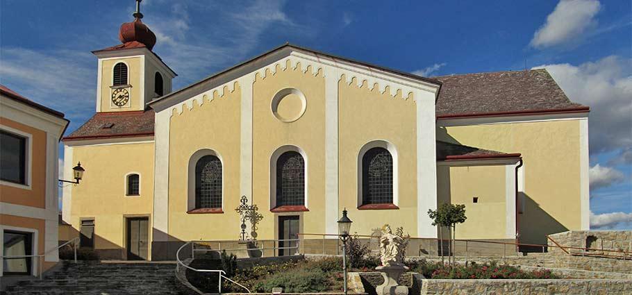 die katholische Pfarrkirche Kautzen hl. Jakobus der Ältere in Kautzen
