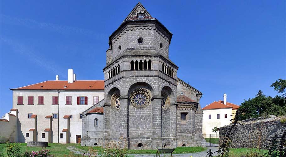 Die romanisch-gotische St.-Prokop-Basilika